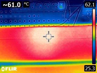 максимальная температура на задней крышке сталь.jpg