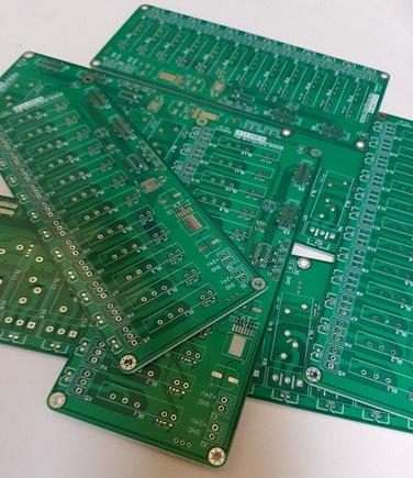 Stend_PCBs.jpg.7a7b1a832d10801aeb7a4ea763fde332.jpg